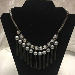 Jewelry - Unique necklace with rhinestone